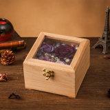 Il contenitore di regalo di legno ha conservato il fiore fresco per il regalo creativo