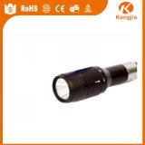 超明るいQ5 LED車のタバコのライターの小型手段の充満懐中電燈