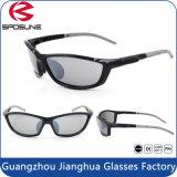 Óculos de sol pretos da lente do PC do frame do homem com a almofada da pinça nasal macia
