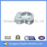 Kundenspezifisches Aluminiumgußteil-Teil traf in den Automobilen zu