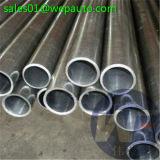 El tubo inconsútil del cilindro afiló con piedra el barril de cilindro
