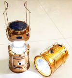 Neue nachladbare LED-Solarnotkampierendes Licht