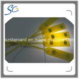 ISO標準の頻度860-960MHz外国人H3 RFID UHFのシールの札