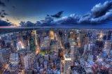 Belle vue sur la vue de la nuit de la grande ville