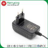 La marca de fábrica de Merryking Pared-Monta el adaptador de la potencia del enchufe AC/DC de la UE del adaptador de 12V 1A