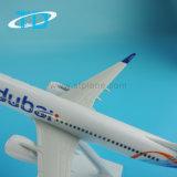 Аэроплан модели украшения пластмассы Дубай B737-800 26cm мухы