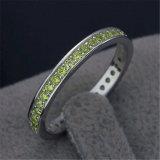 Faixa versátil ajustada do anel da canaleta do Zirconia da prata esterlina