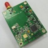 Émetteur récepteur par radio avec la haute performance