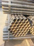 Un tubo d'acciaio da 3 pollici