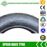 A fábrica apressa diretamente o pneu 100/90-10 da motocicleta da raça