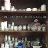 Cup, das Maschine herstellt