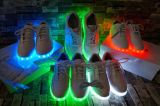 형광 빛난 단화가 2016 신식 다채로운 운영하는 스포츠에 의하여 LED 구두를 신긴다