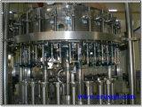 Máquina de rellenar carbonatada terraplén frío de la bebida de la botella de cristal