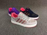 新しく熱い販売の方法女性のスニーカーの靴
