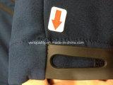 Обслуживание осмотра качественного контрола курток Softshell людей на Lean, Jiangxi