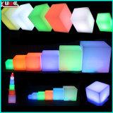 防水リモート・コントロールRGBカラーLED立方体シートおよび表