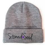 Chapeau tricoté par Beanie brodé acrylique de chapeau tricoté par chapeau de 100%