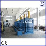 Prensa hidráulica de la basura de la materia textil que recicla la máquina