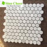 床タイルのための建築材料の混合されたカラー六角形の自然な石造りの大理石のモザイク