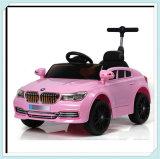 Automobili a pile del giocattolo