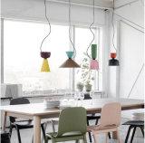 Lampe s'arrêtante de nuance légère pendante en aluminium moderne en métal