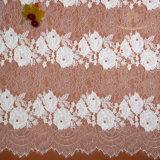 レースのトリムの花のトリムのレースの安く装飾的で白いかぎ針編みのレースのトリム中国製