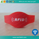 China Smart Wristband Bracelet Silicone Custom