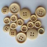 4つの穴の円形木ボタン