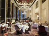Hölzerner Ende-Gaststätte-Tisch eingestellt auf Dubai-Gaststätte-Möbel
