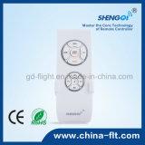 Controllo di velocità del ventilatore di soffitto con il periferico e la lampada senza fili