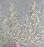 Tissu nuptiale de robe de mariage de broderie