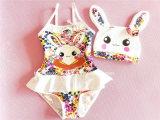 어린 소녀의 형식 디자인 수영복