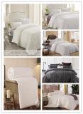 Jogos de seda enormes do Comforter por 4 estações