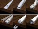 Protuberancia del aluminio de la luz de tira de la fuente LED de la fábrica