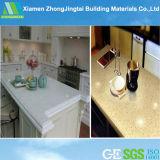 La pietra artificiale bianca decorativa Polished del quarzo/ha fabbricato il costo costruito delle basi d'appoggio del quarzo