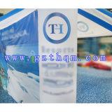 팽창식 천막 또는 선전용 거미 팽창식 천막을 광고하는 무역 박람회