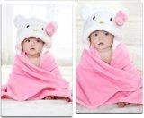 極度の柔らかい新生の赤ん坊のフランネル毛布/動物は3D立体マントのキティおよびウサギを形づける