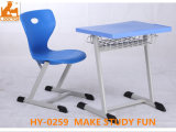 Studying를 위한 사우디 아라비아 School 교실 Desk와 Chair