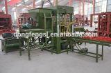 Máquina concreta semi automática del bloque de la pavimentadora Qt3-20 para la construcción de la ciudad