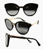 Gafas de sol plásticas de la manera del diseñador a estrenar para las mujeres/señora (DP1222YZ)