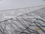 A tela 100% das cortinas de rolo do escurecimento do poliéster, colore 100% as cortinas de rolo revestidas revestidas ou de prata do escurecimento, telas das cortinas de rolo da proteção solar
