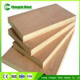 Contre-plaqué de vente chaud d'Okoume, contre-plaqué 100% de la capacité de mémoire de bois dur 4*8 pi