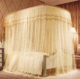 De transparante Dunne Klamboes van het Bed in de Zomer