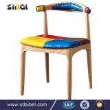 喫茶店のための背部が付いている卸し売りレトロの金属の喫茶店のクラフトの椅子、Dinning部屋の椅子