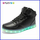 Luz luminosa de los zapatos del regalo LED de la Navidad