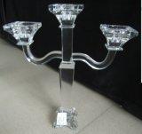 De Houder van de Kaars van het kristal met Affiche Drie voor de Decoratie van het Huwelijk