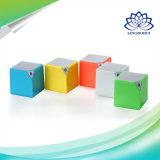 Caixa sem fio do altofalante de Bluetooth mini com projeto da forma do cubo