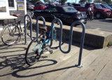 Cremagliera della bici dell'onda di spazio di parcheggio delle 7 bici