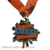 Medalha Running da meia lama feita sob encomenda da fuga do miúdo da maratona com fita