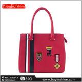 新しい流行の刺繍されたBadegesのハンドバッグの女性のショルダー・バッグ